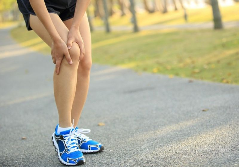 Почему болят коленные суставы после бега почему после приседаний болит колено